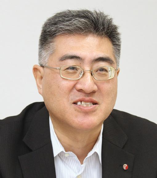 赤塚直隆氏
